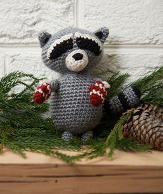 Raccoon Ornament ~ free pattern