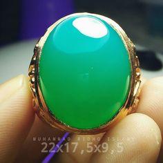 chrysocolla in chalcedony from indonesian bacan island dim 22x17.5x9.5 mm idr 5jt nego halus bebas penyakit WA/SMS/TELFON : 62 821-8650-4791 #bacan #bluish #bacan #chrysocollachalcedony #chrysocolla #gemsilica #gemsilicachrysocolla #gemstones #gems #jewerly #stones #stone #rough #ternate #jewelry #jewerlydesign by dhoridho911