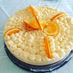 """Gefällt 1 Mal, 1 Kommentare - Mashaa Ha (@mashaa_hae) auf Instagram: """"#birthdaycake for the Dad! #Yummy #lowcarb #almonds #oranges"""""""
