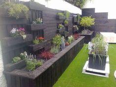 Great backyard fence garden