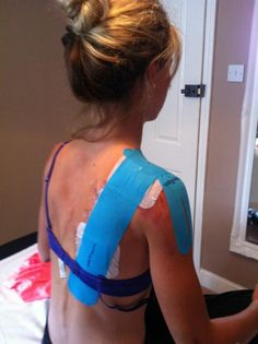 US MB rider Emily Batty was all taped up after her bruises and broken collarbone. Get well soon Emily!