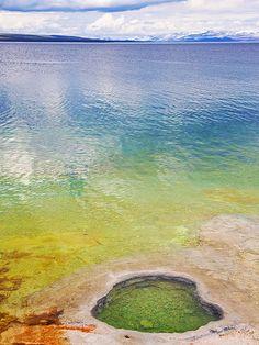 Lake shore Geyser, Yellowstone Lake, Yellowstone National Park, Wyoming. Photo: Pulok Pattanayak, via Flickr