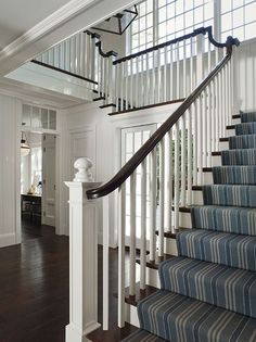 Farmhouse Cottage: Come see this FABULOUS dream white farmhouse from California architect / designer Wendy Posard. Entry Stairs, Entry Foyer, Front Entry, Front Porch, Staircase Runner, Staircase Ideas, Navy Stair Runner, Stair Runners, Balustrades