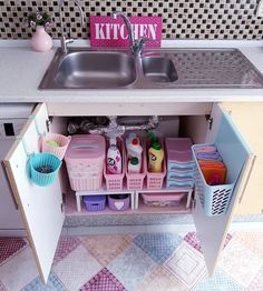 40 Small Kitchen Remodel and Amazing Storage Hacks on A Budget ⋆ aviatech.xyz 40 Small Kitchen Remodel and Amazing Storage Hacks on A Budget ⋆ aviatech. Kitchen Sink Organization, Sink Organizer, Home Organisation, Diy Organization, Organizing, Diy Storage, Small Storage, Storage Ideas, Kitchen Storage Hacks