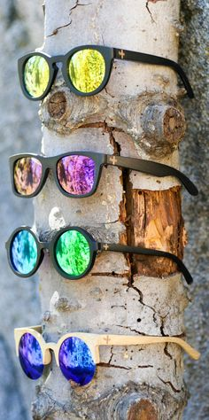 Shop our eco friendly, mirrored bamboo sunglasses. These unisex shades are UV400 polarized.