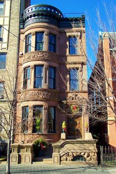 Hoboken, NJ: A Hudson Street Brownstone New York Brownstone, Brownstone Homes, Brooklyn Brownstone, Townhouse, Architecture Cool, Victorian Architecture, Beautiful Buildings, Beautiful Homes, Second Empire