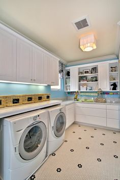Counter above washer ans dryer 26 Contemporary Super Smart Laundry Room Designs
