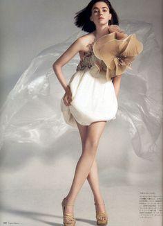 The Mini Myth | Vogue Nippon March 2007 Rachel Alexander by John Spring : John Galliano | Spring 2007