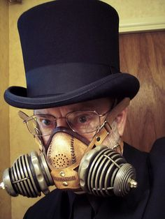 Me in Steampunk attire, wearing fashionable leather and cold cast bronze respirator. Man in Tophat and Respirator Steampunk Cosplay, Steampunk Mask, Steampunk Clothing, Steampunk Fashion, Steampunk Diy, Steam Punk, Steampunk Accessoires, Steampunk Design, Dieselpunk