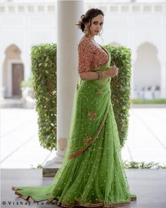 * Saree Fabrics: Net * Saree Color: Green * Saree Length: M * Blowse Fabrics: Banglory Silk * Blowse Color: Red * Blouse Length: M * Work: sequence * Look: Designer Saree Quality Guarantee Wash Care : Home Wash Delivery Time:-Sam Designer Sarees Wedding, Bollywood Designer Sarees, Indian Designer Sarees, Indian Sarees, Bollywood Saree, Indian Bollywood, Party Wear Lehenga, Bridal Lehenga, Saree Wedding