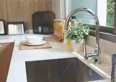 3 διαφορετικοί τρόποι για να ξεβουλώσει ο νεροχύτης! Διαλέξτε ποιο σας βολεύει καλύτερα ανάλογα με τα υλικά που έχετε.