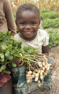 Zambia children! Whooo! Look at the smile in her eyes! So cute!