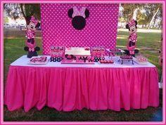 Resultado de imagen para minnie fiesta infantil & Minnie Mouse Party Decorations | Minnie Mouse Party | Pinterest ...