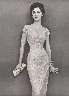 Dovima in Jerry Gilden - December 1954 - Vogue