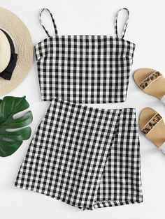 Shop Knot Back Checked Cami With Shorts online. SheIn offers Knot Back Checked Cami With Shorts & more to fit your fashionable needs. Summer Dress Outfits, Summer Fashion Outfits, Trendy Fashion, Girl Outfits, Feminine Fashion, Ladies Fashion, Fashion Shorts, Fashion Black, Cheap Fashion