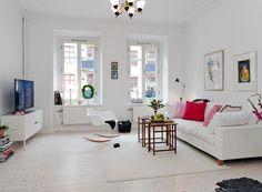 20 Modern Chic Living Room Designs for a Charming Look Fresh Living Room, Beige Living Rooms, Chic Living Room, Home Living Room, Living Room Designs, Living Spaces, Design Loft, Design Case, House Design