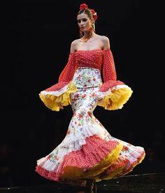 """500 Me gusta, 7 comentarios - Viva La Feria-Moda Flamenca (@vivalaferiamodaflamenca) en Instagram: """"🔴N O V E D A D🔴 Ya tienes disponible la colección de @jgalvanmoda """"I'm"""" en nuestra tienda ¡Reserva…"""" Shoulder Dress, Instagram, Beauty, Dresses, Fashion, Flamingo, Sevilla, Budget, Store"""