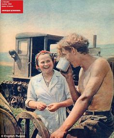 Happy commune campers - amazing photos of the Soviet Union in the height of the communist era.