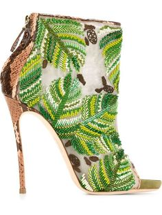 Shop Dsquared2 embroidered boots in North of the 42nd from the world's best independent boutiques at farfetch.com. Shop 400 boutiques at one address.
