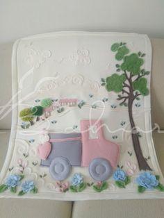 Küçücük bir prens için çalıştığım tamamen polardan bebek battaniyesi  Baharca tasarım  handmade