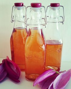 Sweet magnolia syrup ready for cocktails, sorbet, ice cream, cakes, pancakes....It's floral and in a bottle