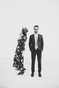 Fun engagement shoot wth this stylish OKC couple | Image by Rachel Photographs