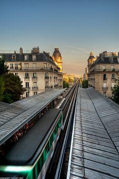 Métro Passy, Paris XVI