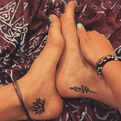 Small & simple lotus flower mandala foot tattoo ideas for women at Trendy Tattoos, Cute Tattoos, Beautiful Tattoos, Body Art Tattoos, New Tattoos, Sleeve Tattoos, Tatoos, Ankle Tattoos, Unalome Tattoo