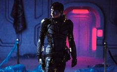There's a first official poster of Valerian and the City of a Thousand Planets, the upcoming adventure science-fiction movie directed by Luc Besson, take a look below: New Movies Coming Out, Best New Movies, Dane Dehaan, Clive Owen, Tommy Lee Jones, Valerian Film, Movie Photo, Movie Tv, Rihanna