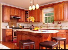 10 best mocha maple cabinets images maple cabinets kitchens rh pinterest com