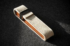 White Felt Leather Pen Case Honey Leather Hand-stitched Small