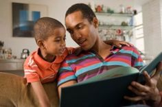 Survey: Parents Prefer Reading Print Books to Young Kids