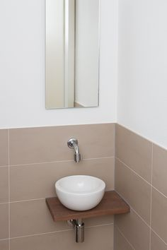 waskom in toilet