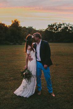 Kate + Colt, Sikesont Mo wedding.  Blue Vinyl Creative, Nashville based wedding photographers  www.bluevinylcreative.com