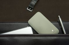 Soon available on Kickstarter, the Balanst Premium slim Wallet in Elegant grey. Please subscribe on www.balanst.com and get 15% discount. #balanstpremiumwallet #kickstarter #crowdfunding #classy #premiumwallet #luxurygoods #elegant #comingsoon #productdesign #slimwallet #commute