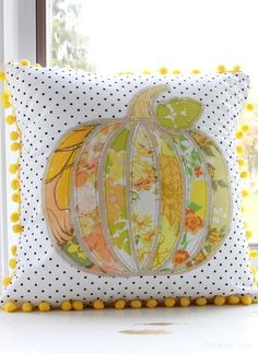 This Pretty Fall Pumpkin PIllow is so easy to sew up and makes such a cute addition to your Fall decor!
