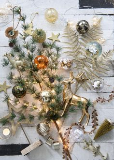 Kersttrends 2019: zó stijlvol is Kerst 2019 in je interieur - Roomed Christmas Tree Inspiration, Christmas Trends, Gold Christmas, Winter Christmas, All Things Christmas, Christmas 2019, Christmas Wreaths, Christmas Decorations, Table Decorations