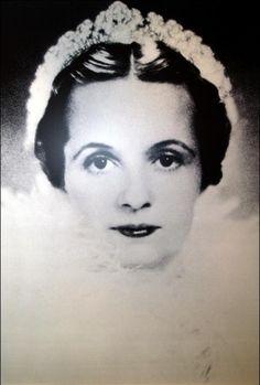 Begum Andrée Aga Khan