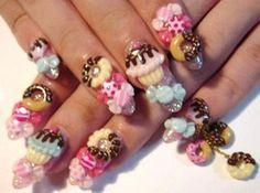 3D designs - cute cupcake nail