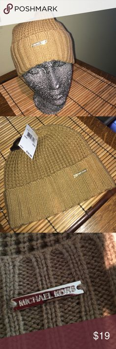 🆕NWT🆕 Michael Kors knit hat tan one size 🆕NWT🆕 Michael Kors knit hat tan one size MICHAEL Michael Kors Accessories Hats