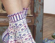 Kevään 10 parasta neuletakkia naiselle! Virkkuri Molla Mills esittelee tyylikkäät virkatut mattomallinsa. Ompelumallistossa BB:n tyyliä ja...