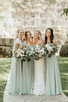 Hottest No Cost Wedding Color Trends: 30 Silver Sage Green Wedding Color . - Hottest No Cost Wedding Color Trends: 30 Silver Sage Green Wedding Color Ideas Tips An easy way to - Wedding Robe, Wedding Bridesmaid Dresses, Our Wedding Day, Dream Wedding, Bridesmaid Ideas, Bridesmaid Flowers, Brides And Bridesmaids, Bride Maid Dresses, Bridesmaid Colours