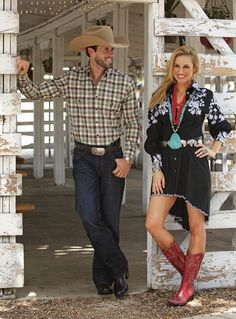 I want red boots! Cowgirl Style, Cowgirl Party, Cowgirl Fashion, Western Style, Cowgirl Boots, Country Outfits, Western Outfits, Country Fashion, Pretty Outfits