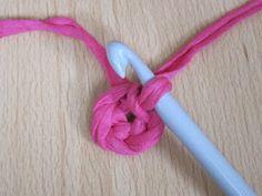Käsityön riemua: Virkatun korin ohje Korn, Knitting, Tricot, Breien, Stricken, Weaving, Knits, Crocheting, Yarns