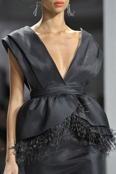 Jason Wu at New York Fashion Week Spring 2012 - Details Runway Photos Gala Dresses, Couture Dresses, Evening Dresses, Fashion Dresses, Couture Usa, Couture Fashion, Glamorous Chic Life, Glamour, Vintage Couture