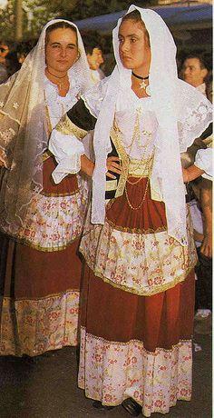 costume di selargius