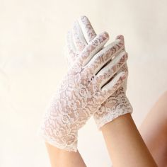 vintage lace gloves | Vintage white lace gloves Bridal accessory weddings by whichgoose
