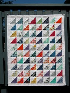 Not quite as fast as Jess , who just made a quilt in a day  (!!!), but I think this is a record for me - start to finish in about 4 days of...