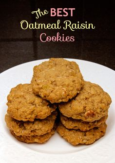 Claudia's Cookbook - The Best Oatmeal Raisin Cookies cover Best Oatmeal Raisin Cookies, Homemade Cookie Dough, Cookie Bowls, Cooking Cookies, My Cookbook, Sandwich Cookies, Fun Cooking, Diy Food, Sweet Stuff