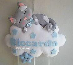 Fai #dolcisogni #creativalove #fiocconascita #nascita #riccardo #instamamme #mamme #mammeinattesa #bimbi #fioccoazzurro #handmade #creativemamy Baby Crafts, Felt Crafts, Diy And Crafts, Crafts For Kids, Baby Name Banners, Baby Mobile, Baby Keepsake, Felt Toys, Craft Sale